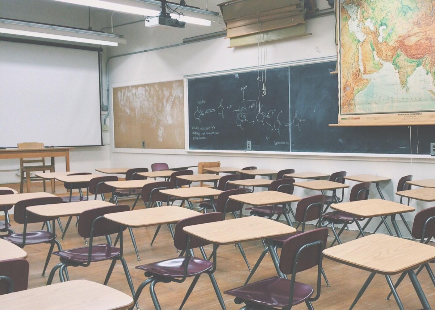 生徒の思考力・判断力・表現力を育む授業展開~無償で活用できる新学習指導要領に対応したEdTechコンテンツ~